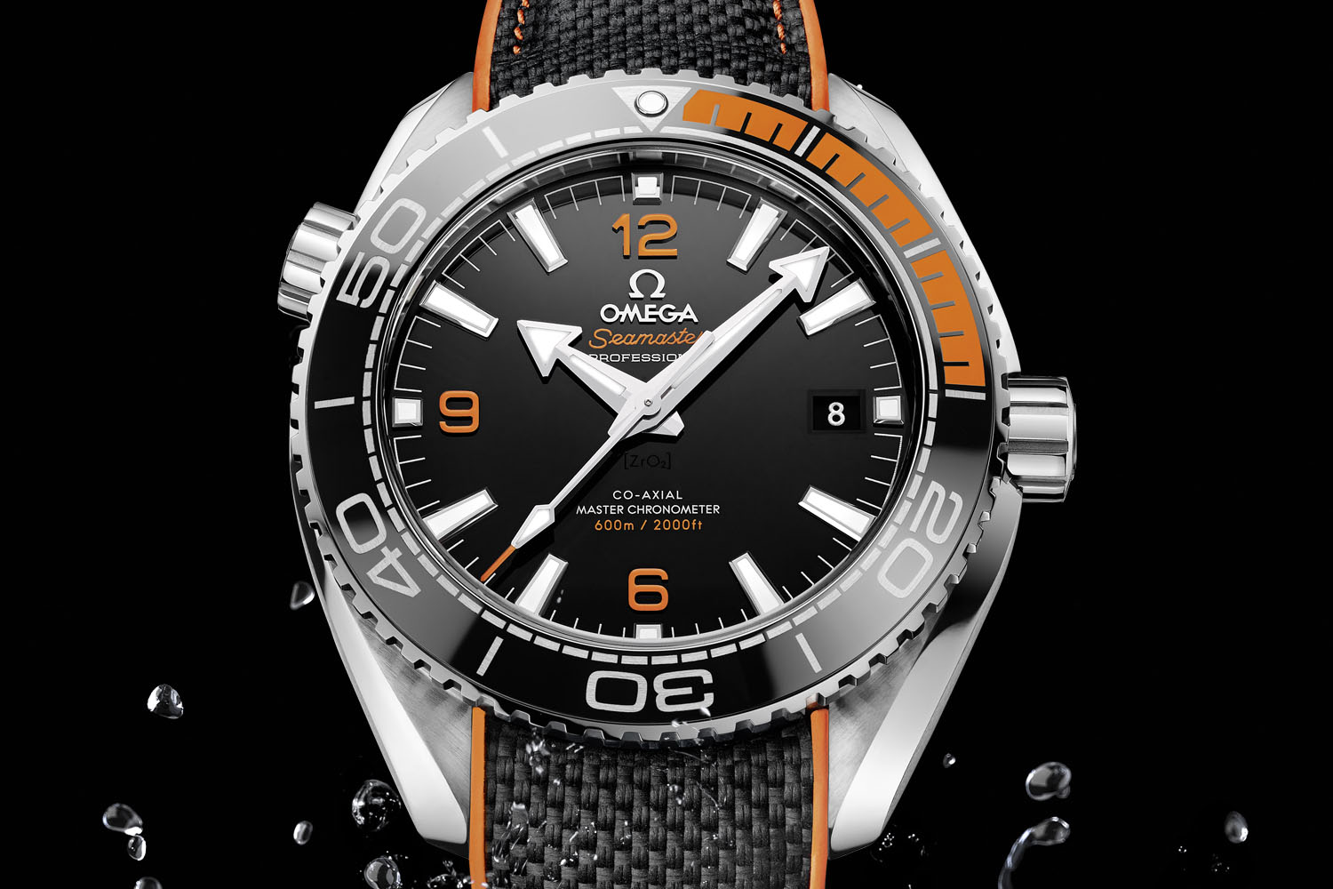 Omega-Seamaster-Planet-Ocean-43.5mm-Automatic-Black-and-Orange-Master-Chronometer-4