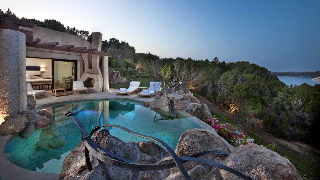 Villa Sandan'ın özel havuzlu terası