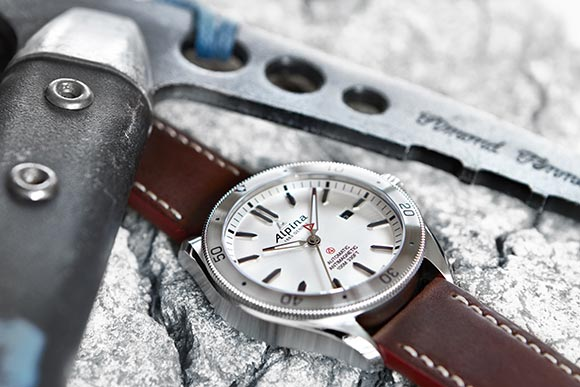 alpina-alpiner-4-automatic_2016-1