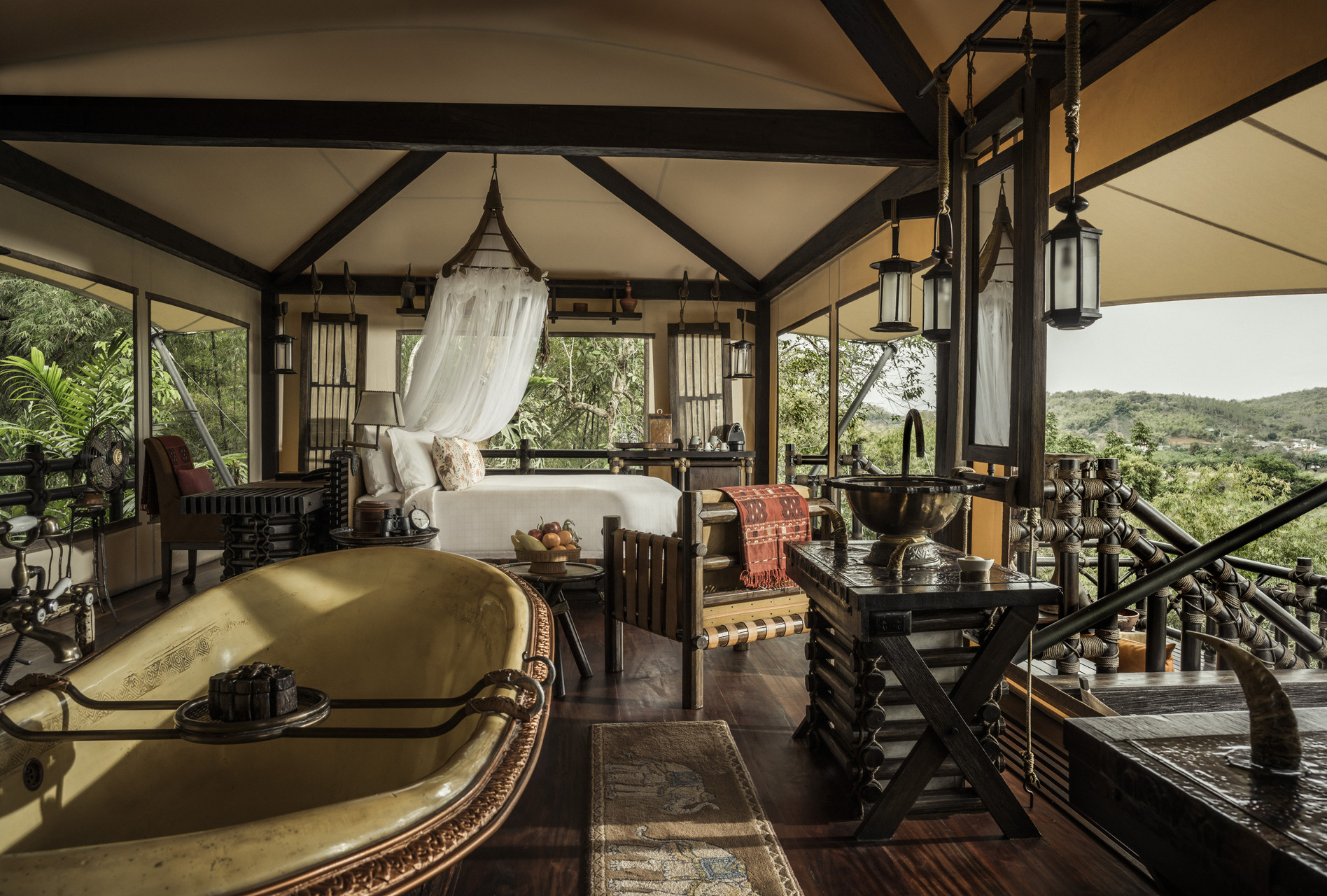 four-seasons-tented-camp-17