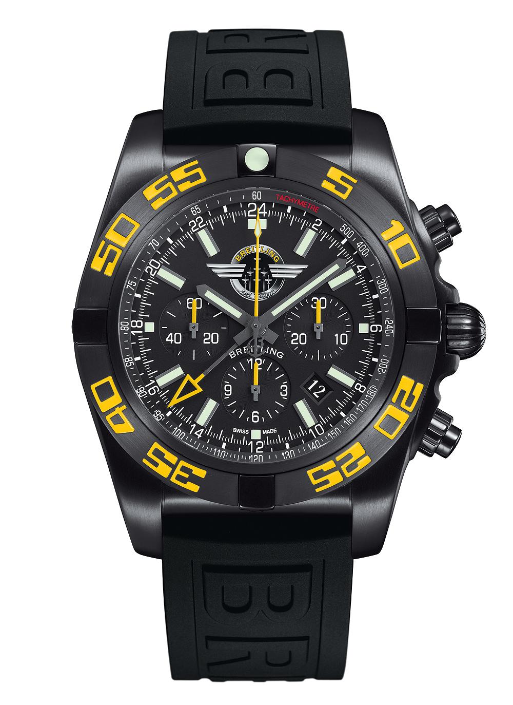 Breitling_Chronomat_GMT_JetTeam_front_1000