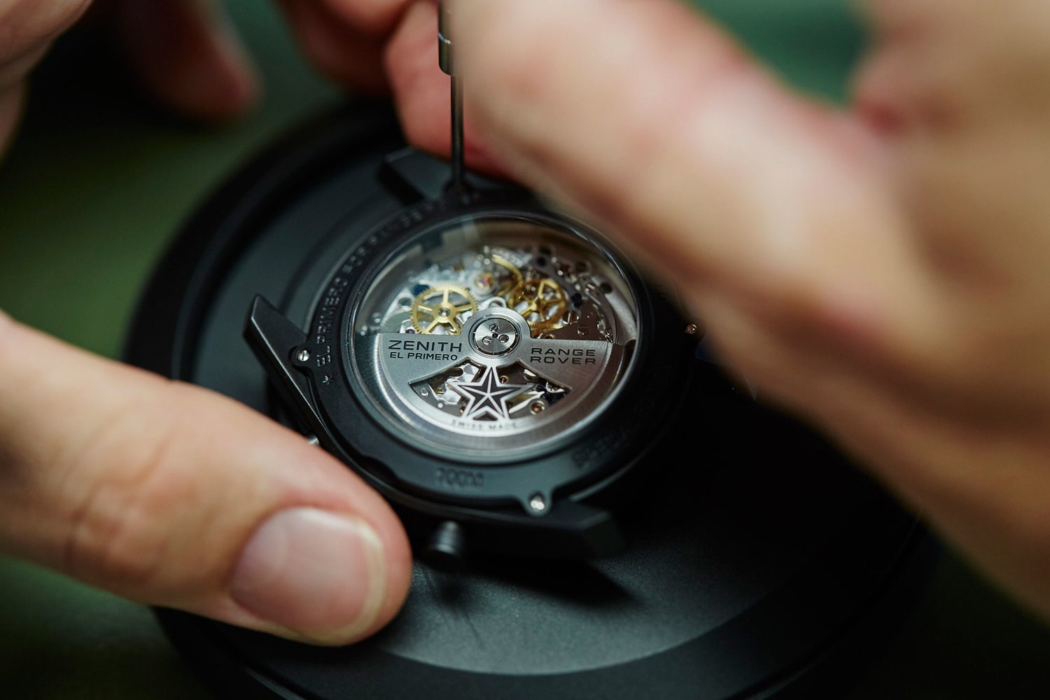 the-oscillating-weight-created-for-the-el-primero-range-rover-special-edition
